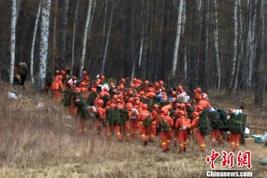 内蒙古大兴安岭林区发生的火灾现场。 高飞翔 摄