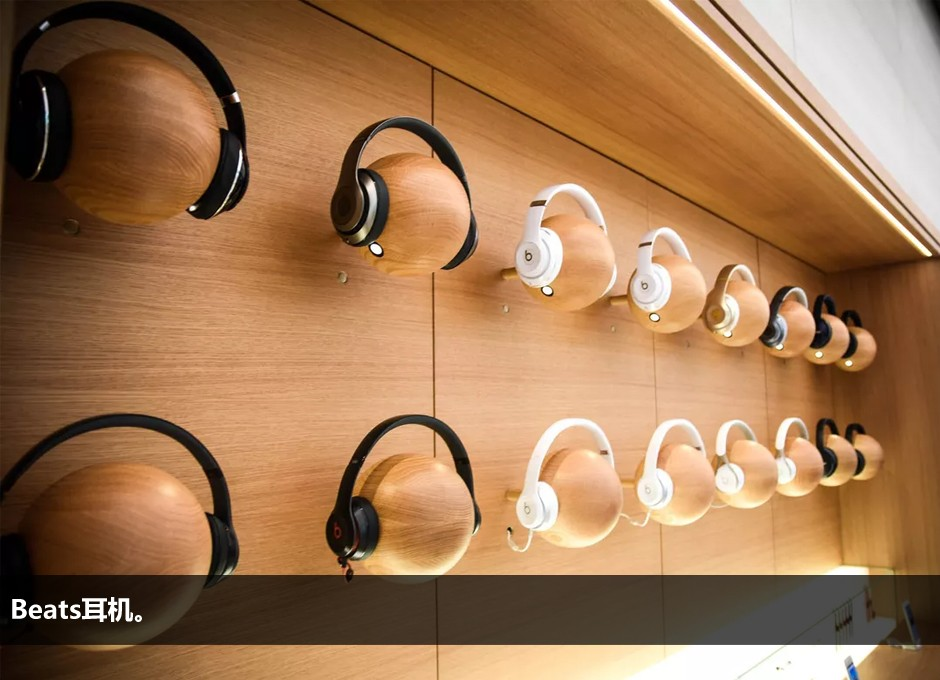 历时两年:东南亚市场首家苹果零售店终于开业了