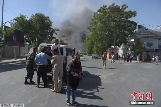 阿富汗首都使馆区发生爆炸致80人死亡300人伤