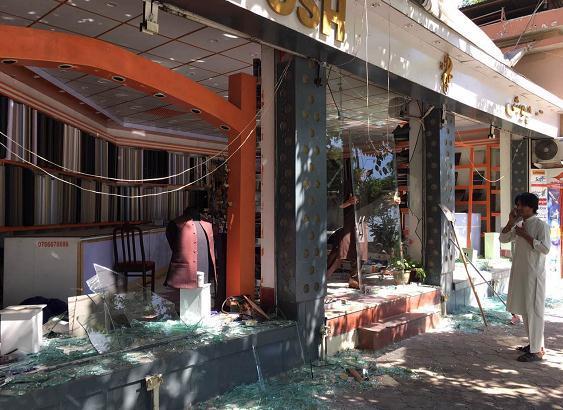 阿富汗首都喀布尔传巨大爆炸声 央视记者站受波及