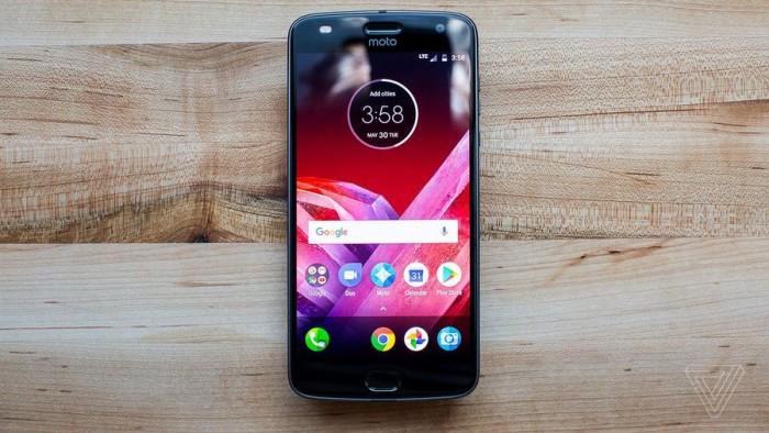 Moto Z2 Play真机上手的照片 - 1