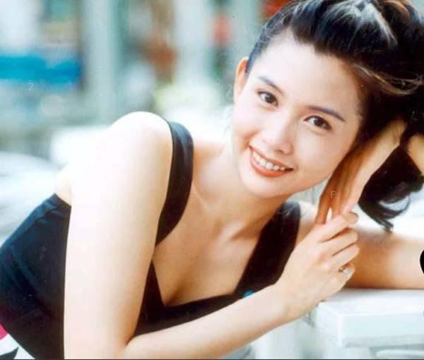 邱淑贞凭什么打败冰冰baby,成为男人最爱的女星? 娱乐八卦 图1