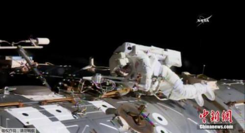 资料图:身着太空服的宇航员