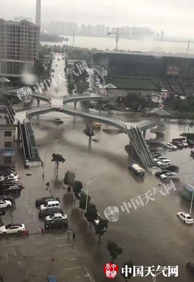 """台风""""苗柏""""今日进入江西 赣南局部有大暴雨"""