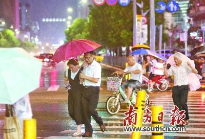 台风带雨晚来急  连日高温可缓解