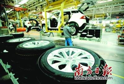 《意见》指出,新增传统燃油汽车产能应建设在上两个年度汽车产能利用率均高于全行业平均水平的省份。新华社 发