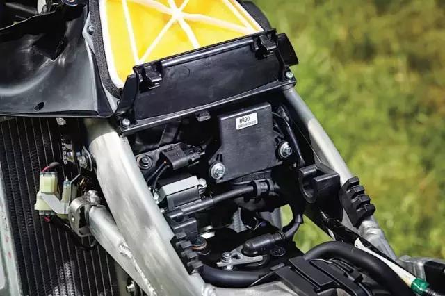 雅马哈开创摩托新玩法,个性化调整车辆状态成现实