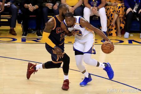 场均28分8.8板7.3助NBA全明星球员或来,詹姆斯笑了,想创勇士王朝?别做梦