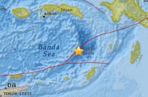 印尼南部海域发生5.0级地震 震源深度143公里