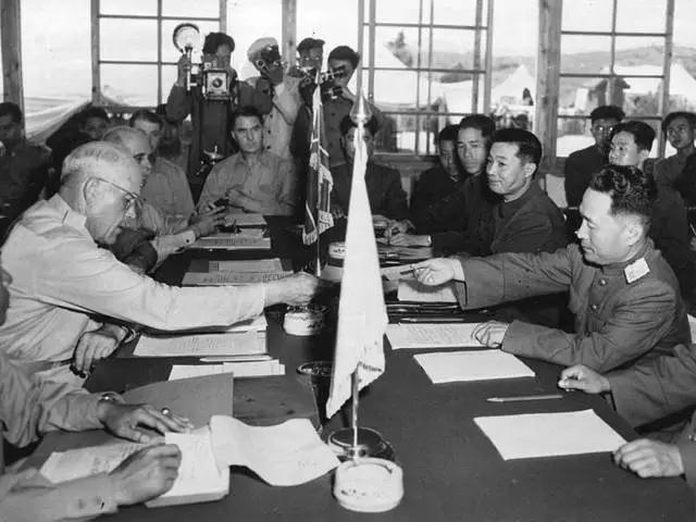 1953年7月,朝鲜板门店谈判