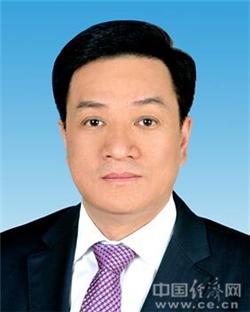 胡文容首次以山东省委秘书长身份公开亮相