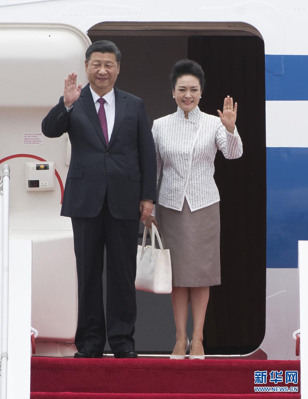 习近平抵达香港 将出席庆祝香港回归祖国20周年大会并视察香港