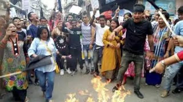 由于相邻的西孟加拉邦大吉岭骚乱,锡金邦出现物资中断