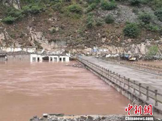 图为澜沧江大华桥段。 钟欣 摄