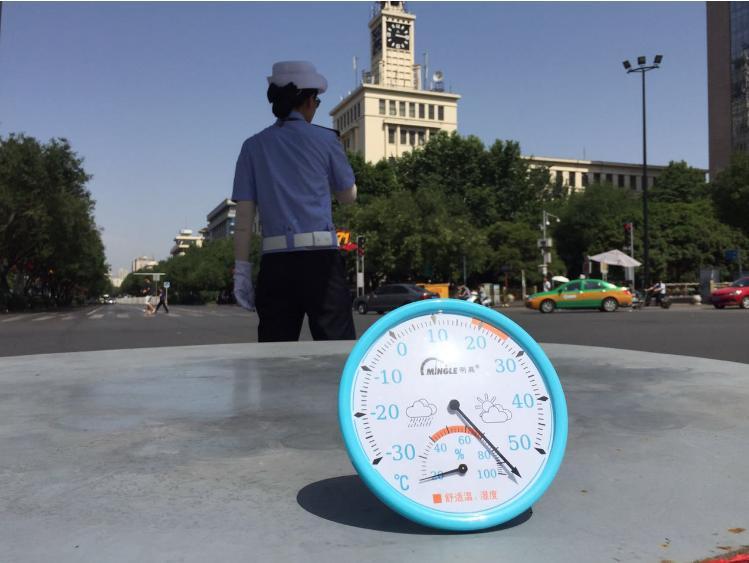 陕西气象发布首个高温红色预警 多地现40度以上高温