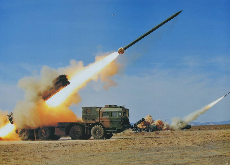 PHL-03火箭炮