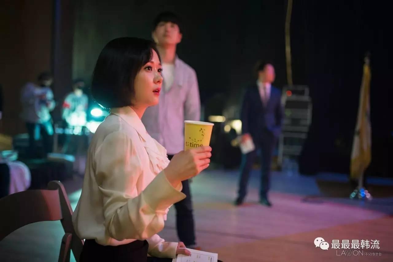 张娜拉是真童颜,这张脸完全看不出37岁