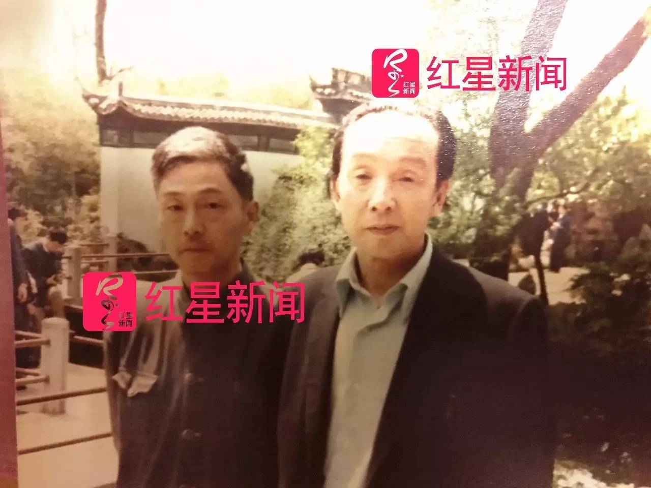 ▲陈乾康和大哥陈洽群的昔日合影 图片来源:红星新闻
