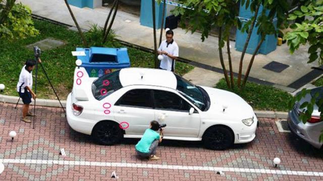 被击中的新娘车