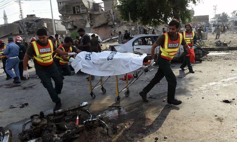 巴基斯坦爆炸造致至少25人死亡 疑似自杀式爆炸袭击