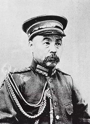 ▲统率清军第一军的冯国璋,他此时佩带着新的军衔领章。