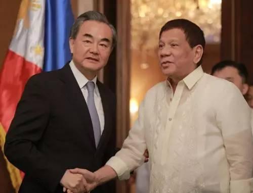 △菲律宾总统杜特尔特会见外交部长王毅
