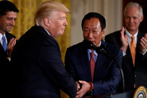 郭台铭投资美国 蔡当局忙挽留:台湾是我们的根
