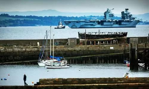 """▲""""伊丽莎白HMS""""号航母将可能被派往中国南海。"""