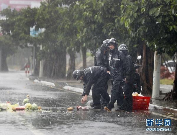 """台风""""纳沙""""登陆点福建福清见闻"""