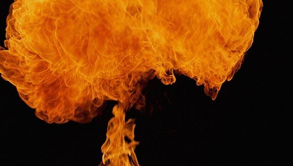 23岁女硕士做饭时厨房爆炸致全身70%烧伤 校友募捐百万
