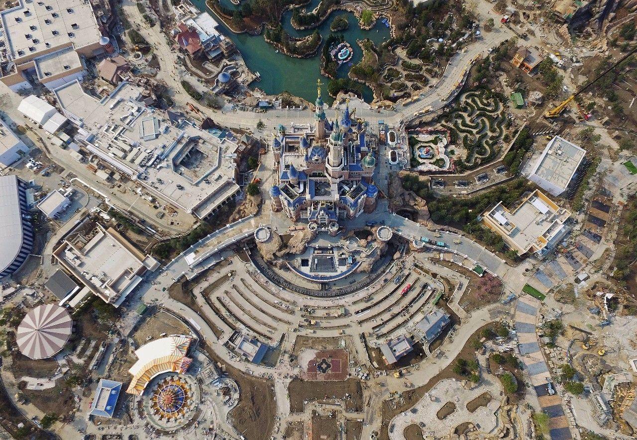 迪士尼乐园建成前的航拍图,此时这座梦幻乐园已经初步成型