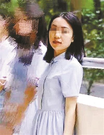 """女生赴香港""""失联""""被指因盗窃被抓 警方不予回应"""