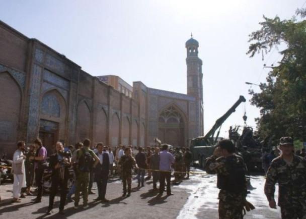 阿富汗清真寺遭袭击爆炸 至少20死30伤