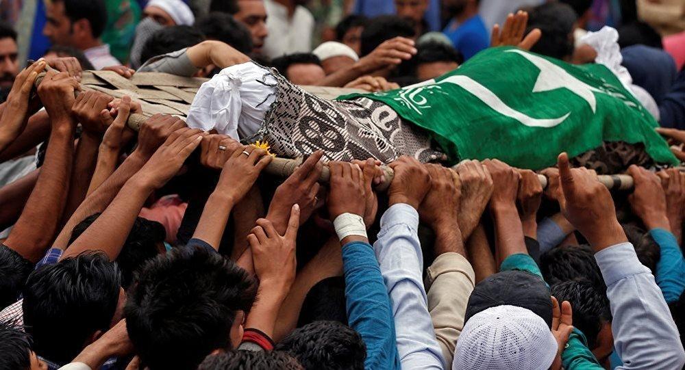 当地时间8月2日晚,2名印度军人在克什米尔地区与武装分子发生冲突时死亡。(图片来源:俄罗斯卫星通讯社)