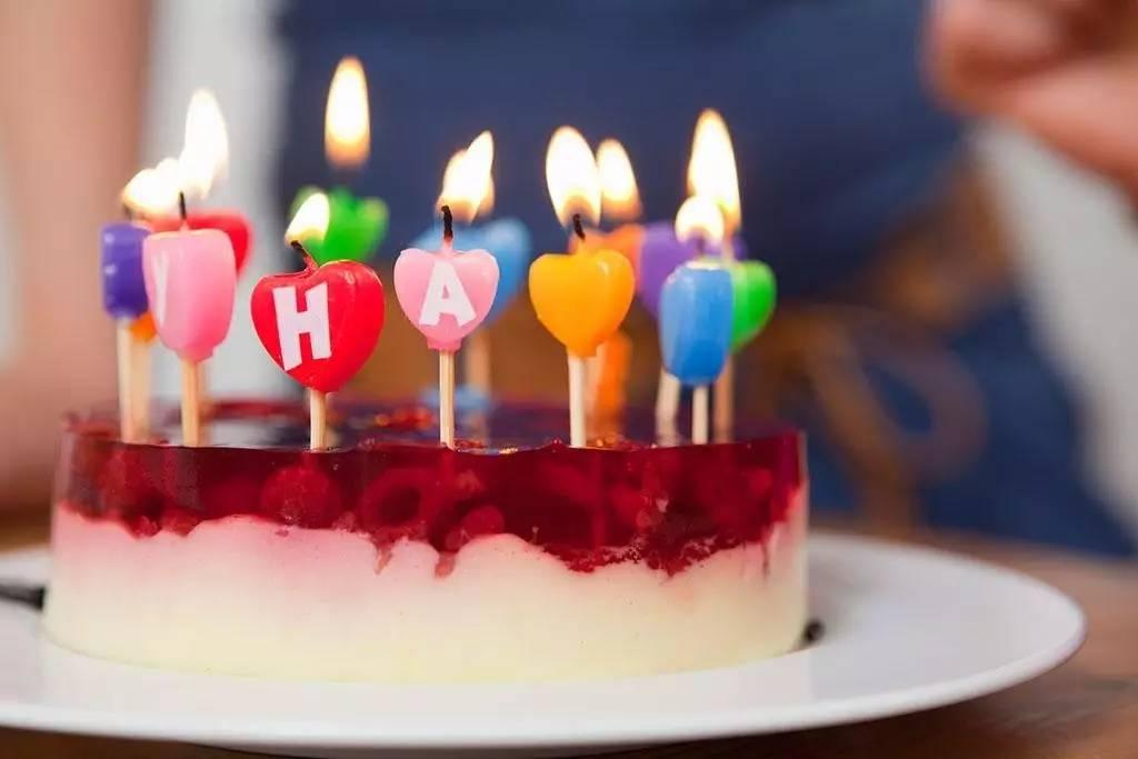 吹生日蛋糕蜡烛,会让蛋糕上增细菌14倍