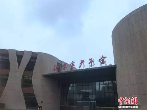 8月2日,北京市少年宫的儿童暑期培训班已结束报名。 潘心怡 摄