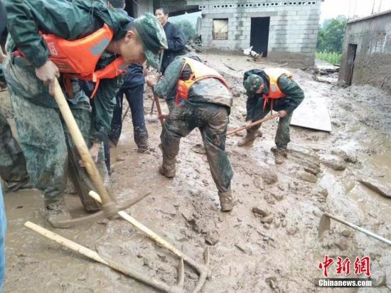 四川省普格县山洪灾害致24人死亡 仍有1人失联