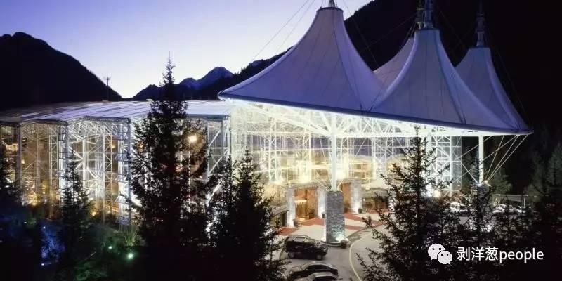 九寨天堂洲际酒店外景。图片来自酒店官网