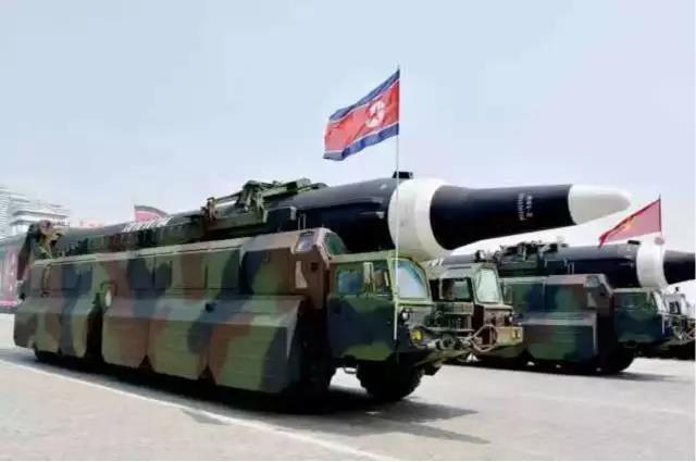 △资料图:朝鲜阅兵式上展示的导弹