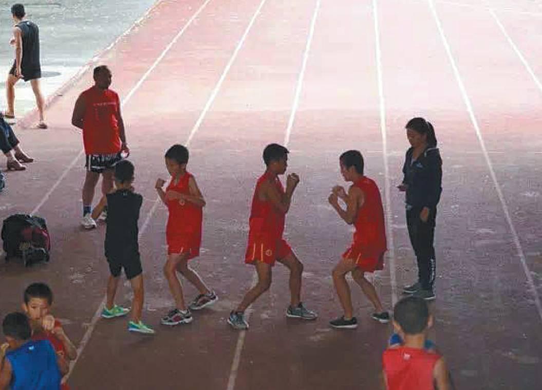 ▲孩子们在阿坝州马尔康场馆训练。曹宗文 姜胜南 摄
