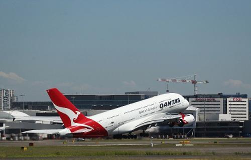 澳洲多家航空公司被曝出在向警方提供乘客信息时还要收取不菲的费用(图/英国《每日邮报》)