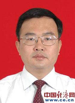 广东潮州原市长卢淳杰被提起公诉(图/简历)