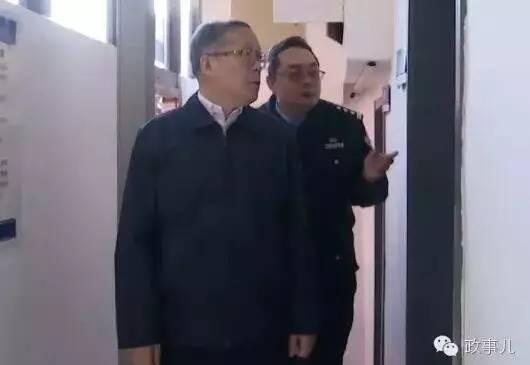李鸿忠曾暗访天津基层派出所