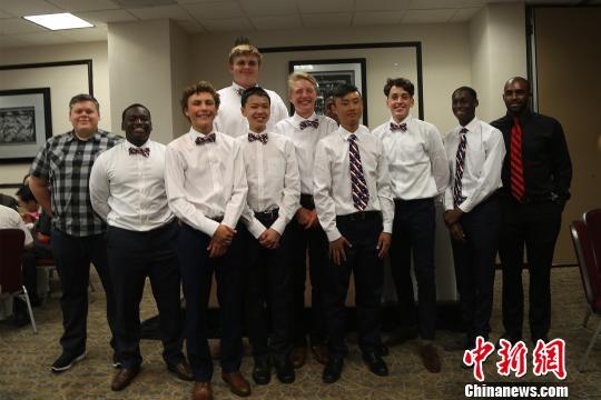 休斯敦高中生篮球队将应邀赴中国参加希望中