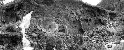 10日下午的诺日朗瀑布10日下午的诺日朗瀑布