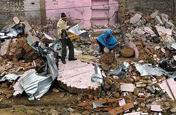 印巴冲突致边境地区建筑被毁。视觉中国 资料图
