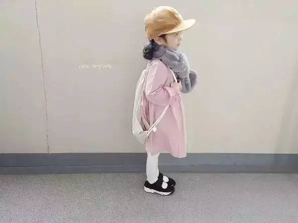 4岁小萝莉Ins走红,网友:又要骗我们生女儿了