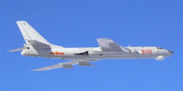 中国轰-6轰炸机(图像由日本防卫省统合幕僚监部提供)