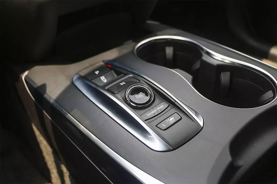 搭载超跑同款黑科技!这款大SUV开起来这么爽!