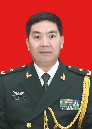 图为驻澳门部队政治委员周吴刚少将。驻澳部队提供